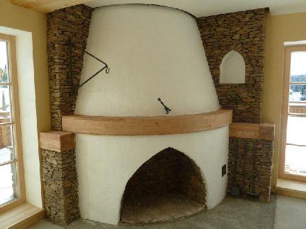 Otevřený krb kamenný: 140 000 Kč – 210 000 Kč